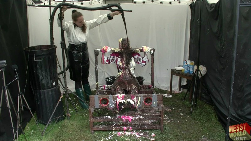 The Alternative Beauty Salon with Chelsea