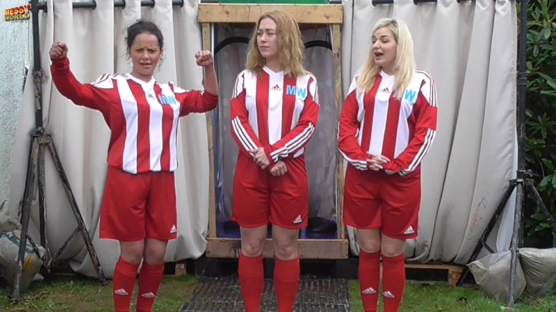 Gunge Givers Soccer Team: Rachel Sent Off and Slimed