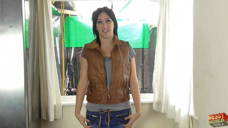 Human Carwash: Vicky in Leather & Denim