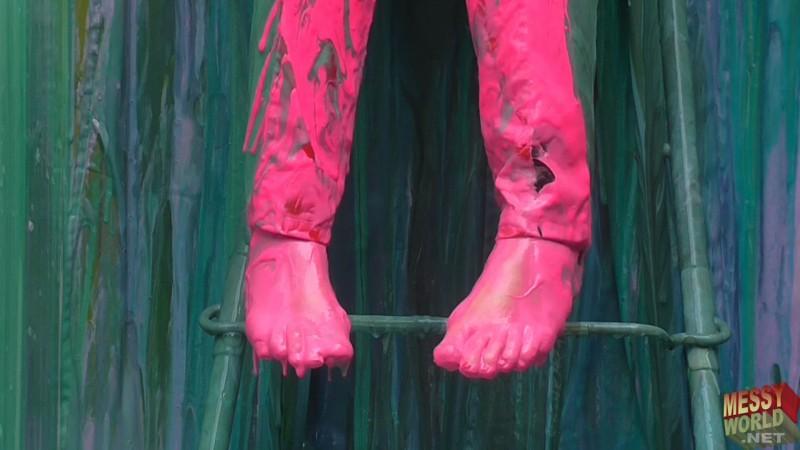 Lisa's 'FoxyMistress' Surprise *Feet Cam*