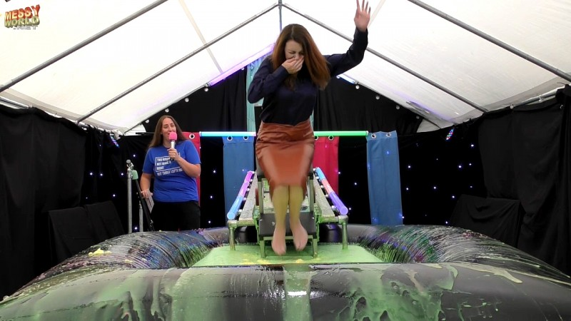 The PLUNGA! • Gemma's Splash Punishment