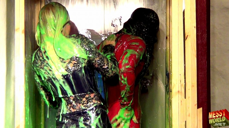 Tamsin & Jessica Gunged